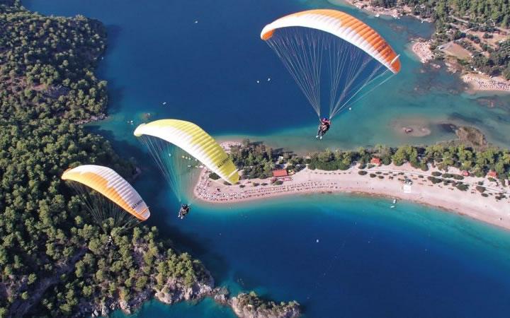 Paragliding – Thesprotia